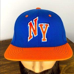 Adidas New York Nicks Flex Band Hat. S/M